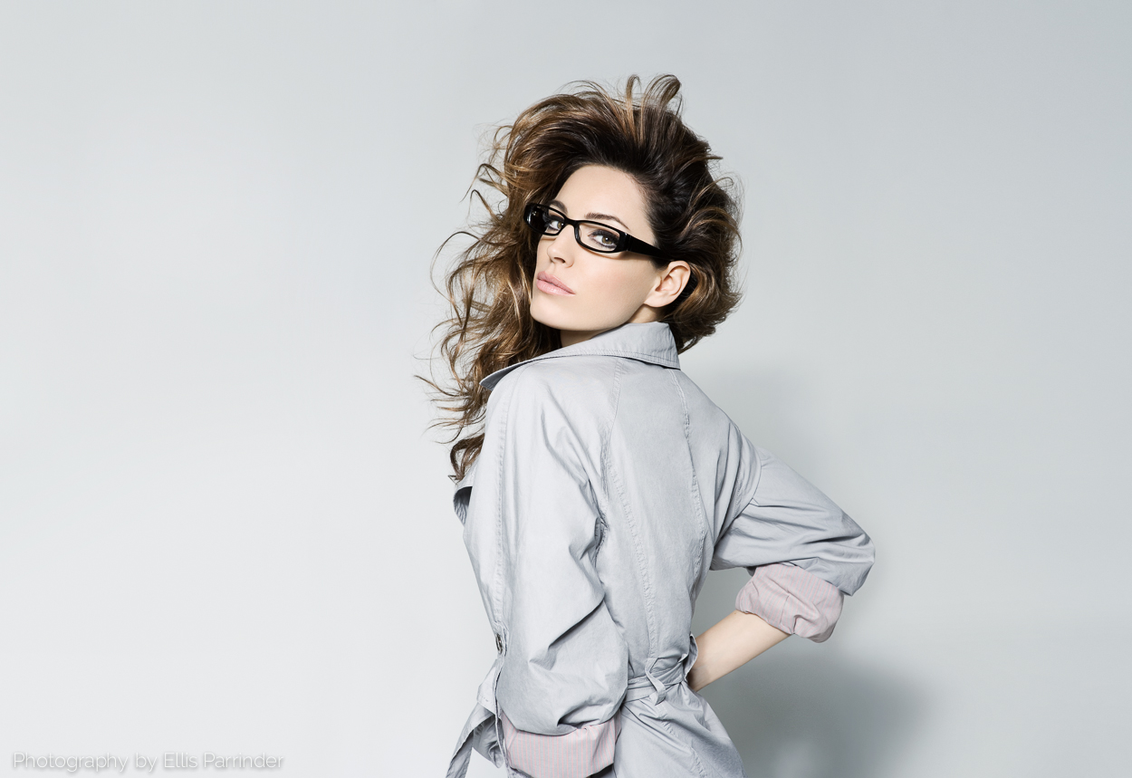 Image Bliss Retouching, comping, Photo retoucher, Ellis Parrinder, fashion, beauty, Kelly Brook, Specsavers